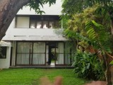 House for sale in Nugegoda Raymond road
